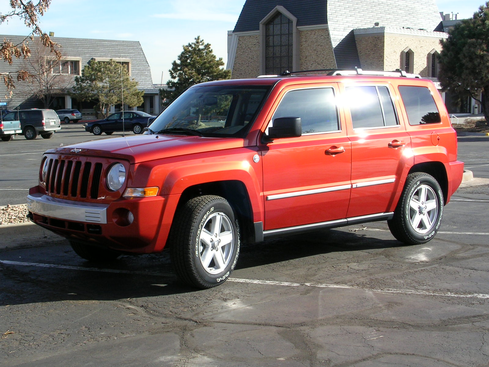 2010 jeep patriot: a true off-road vehicle, fuel effecient and