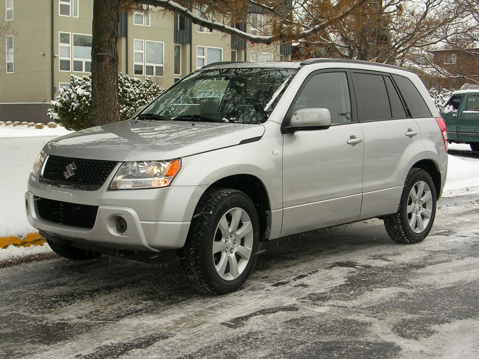 2010 Suzuki Grand Vitara Limited: off-road, four-wheel-drive ...